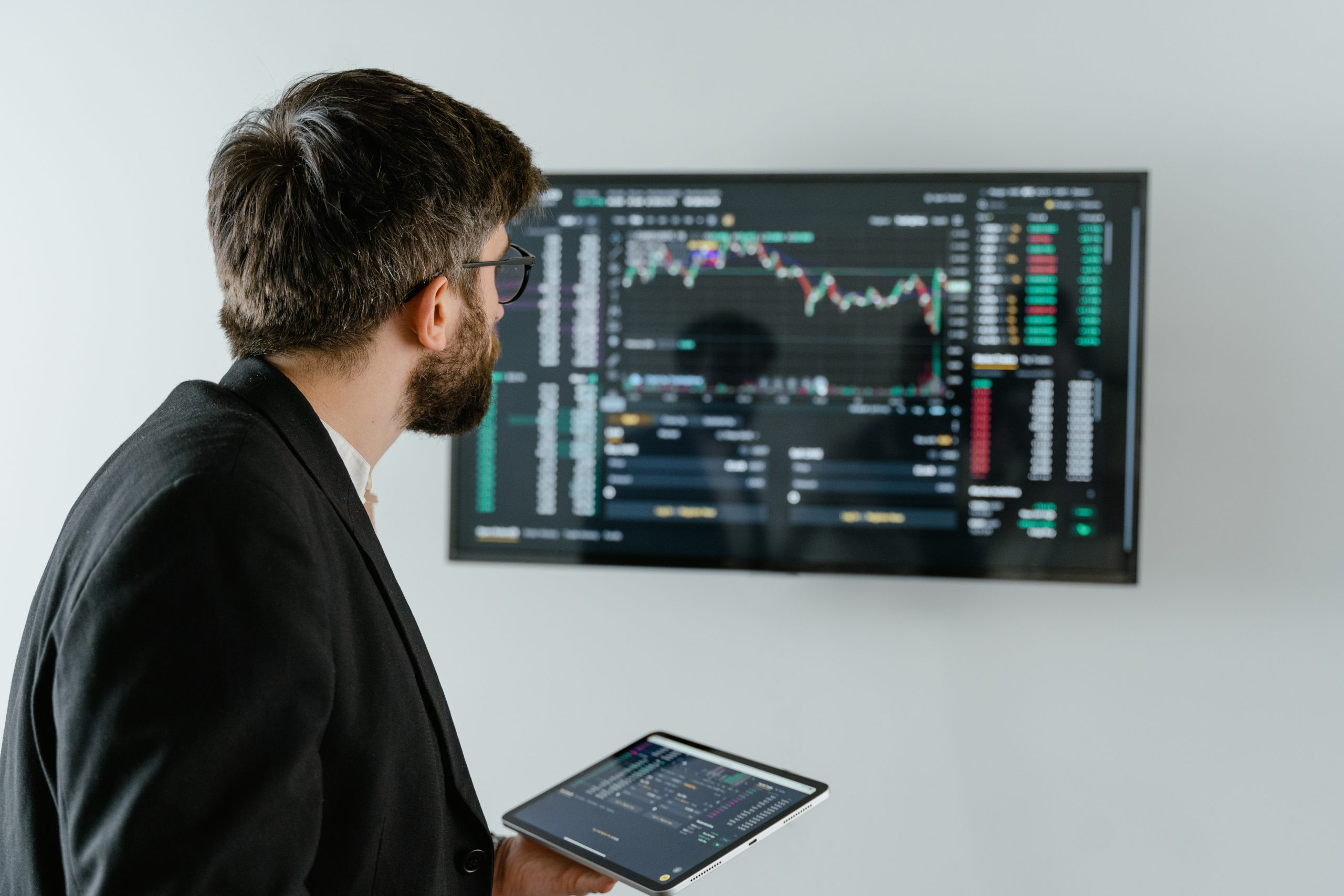 Meet Daniel: a Data Analyst on a Leading Insurance Organisation's Digital Transformation Programme